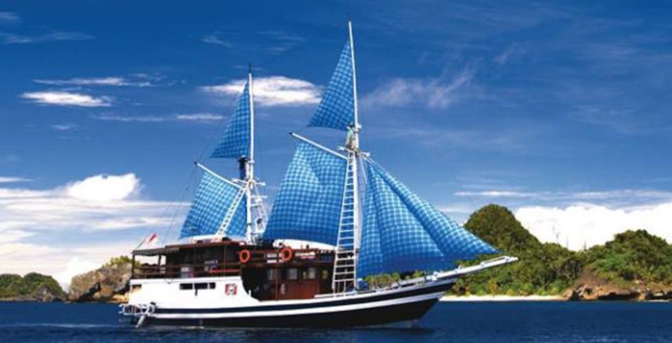 The MV Putri Papua